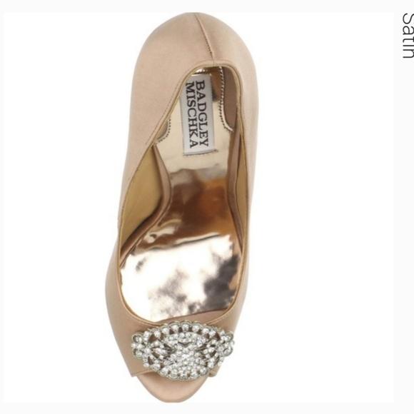 Badgley Mischka Shoes - Badgley Mischka Nude Heels